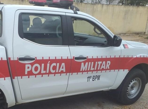 Homem é detido acusado de agredir fisicamente sua esposa em cidade do Cariri