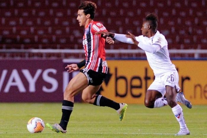 São Paulo perde e se complica na Taça Libertadores