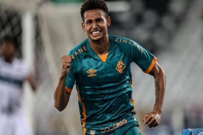 Fluminense goleia pela Série A do Brasileirão
