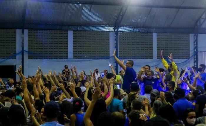 Convenção em São Domingos do Cariri leva multidão e homologa candidaturas de Onildo e Nalba