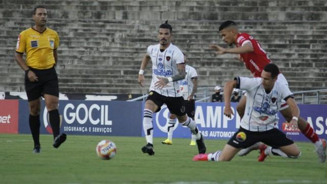 Botafogo-PB não consegue se impor frente ao Vila Nova