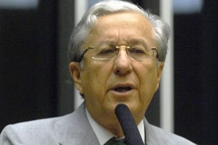 Morre o ex-deputado federal Armando Abílio, aos 75 anos