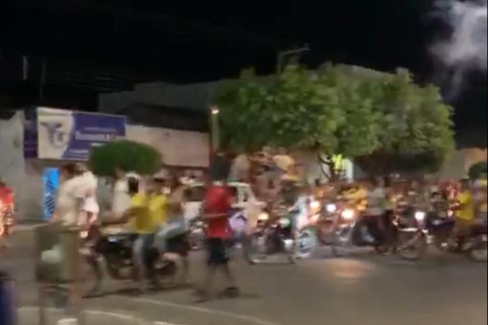Coligação descumpre acordo judicial e promove carreata pelas ruas de Monteiro