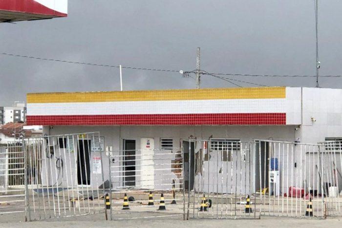 Posto de combustível é explodido na PB e bandidos trocam tiros com a polícia