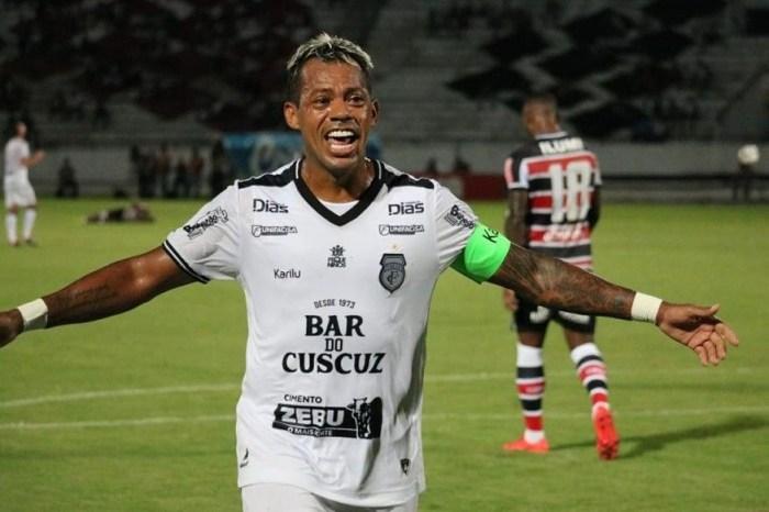 Marcelinho Paraíba deixa aposentadoria e volta a jogar pelo Treze