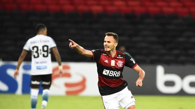 Flamengo liga versão 2019 e dorme na ponta da tabela