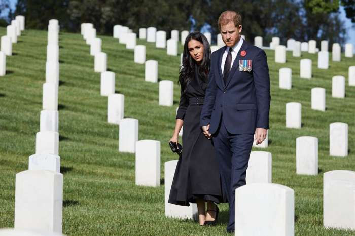 Família real presta homenagens no Remembrance Day sem Harry
