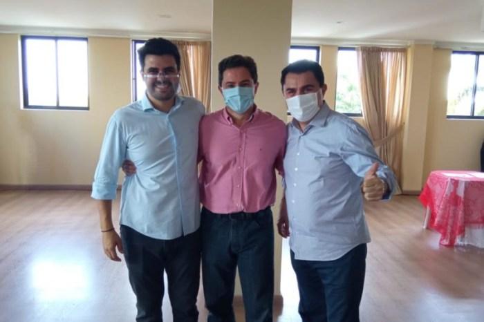 Wilson Santiago e Wilson Filho realizam evento de trabalho com prefeitos eleito