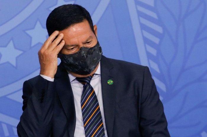 Vice de Bolsonaro, Mourão testa positivo para Covid-19