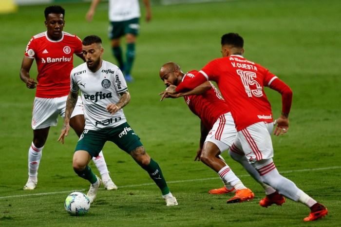 Palmeiras tem atuação apática contra o Inter, e título fica mais distante