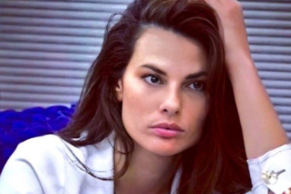 Vítima de ataques, brasileira no Big Brother Itália mobiliza o país