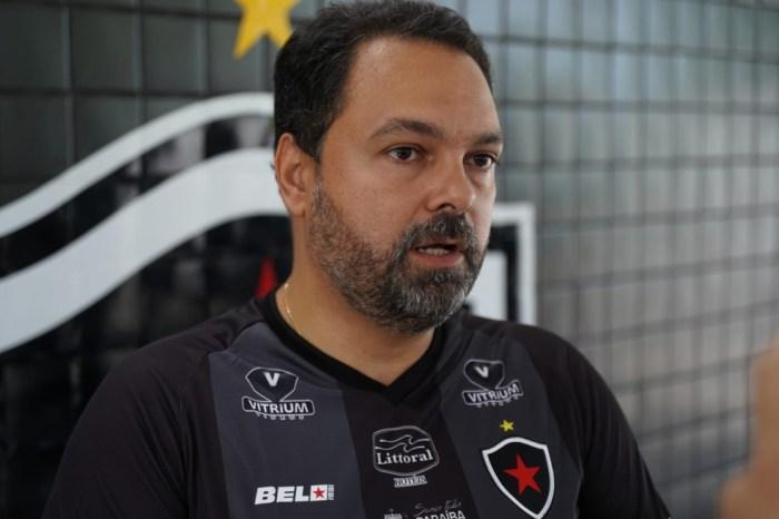 Alexandre diz ter pelo menos 15 nomes para 2021 pra Botafogo