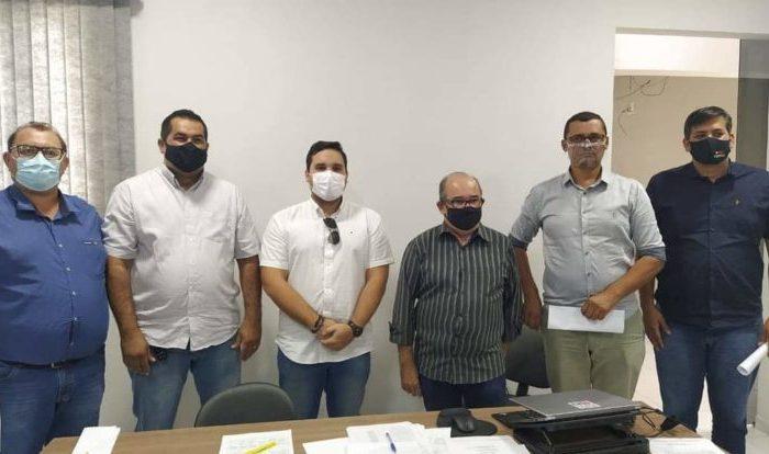 Prefeito de Alcantil é eleito presidente do Cisco do Cariri Oriental