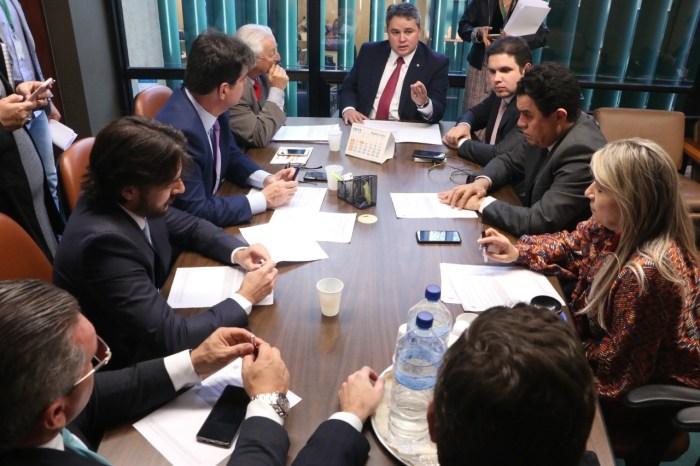 Gervásio Maia é o único paraibano a votar contra PEC Emergencial