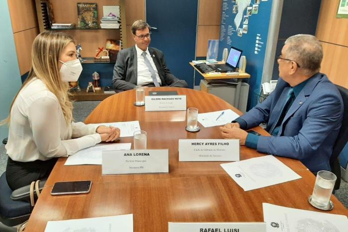 Prefeita Anna Lorena é recebida por ministro do Turismo e lideranças políticas em Brasília
