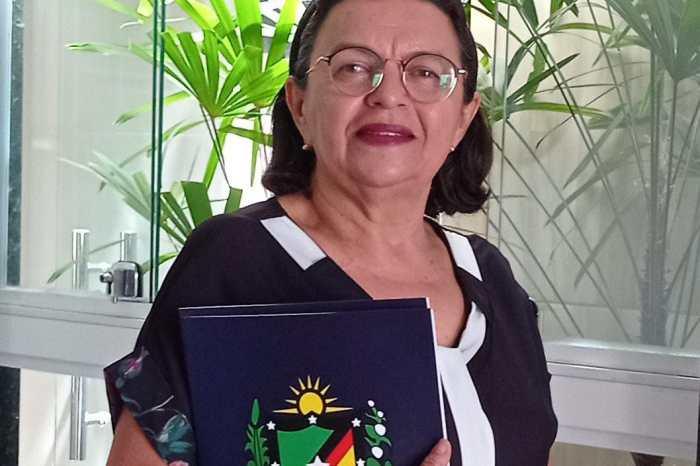 Vereadora recebe denúncias de aglomerações em Camalaú e pede providências