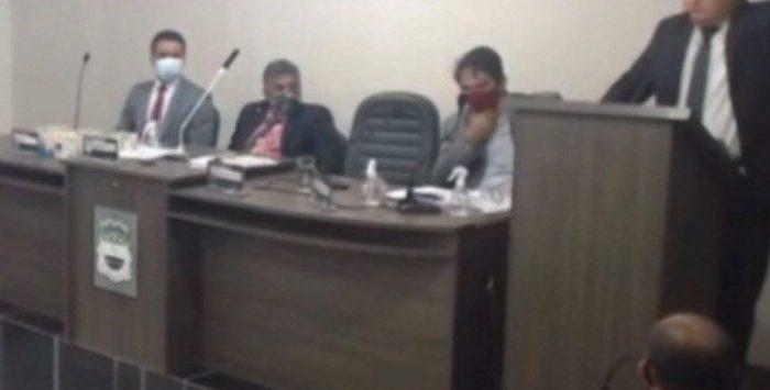 ALHANDRA: vereador vai acionar o Gaeco após descobrir farra de funcionária fantasma ligada a parente do prefeito