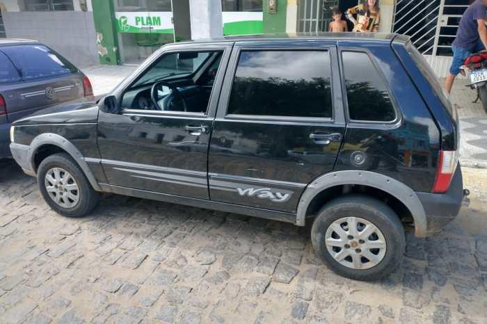 Policia Militar recupera carro roubado em Santa Luzia do Cariri