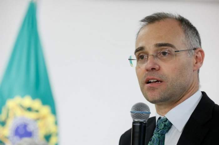 André Mendonça é favorito para vaga no STF