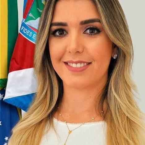 Em Monteiro, prefeita Anna Lorena é aprovada por 79,9% da população