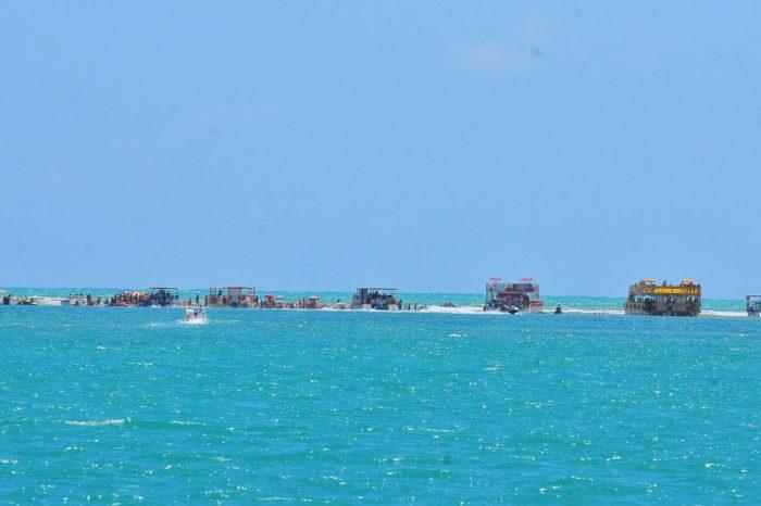 Paraíba reabre piscinas naturais de Areia Vermelha para turismo