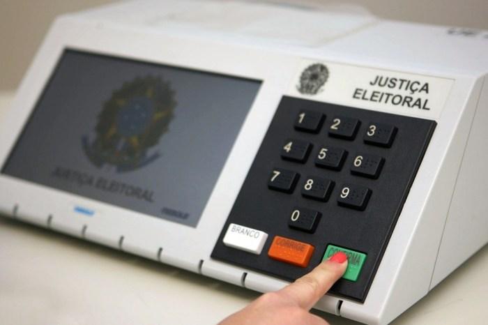 TSE se programa para comprar 176 mil urnas para eleições de 2022