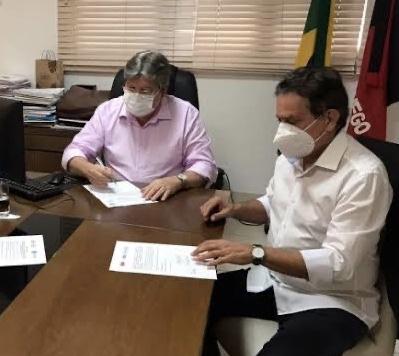 """Tião Gomes comemora municípios de sua atuação inseridos no programa """"Tá na Mesa"""""""