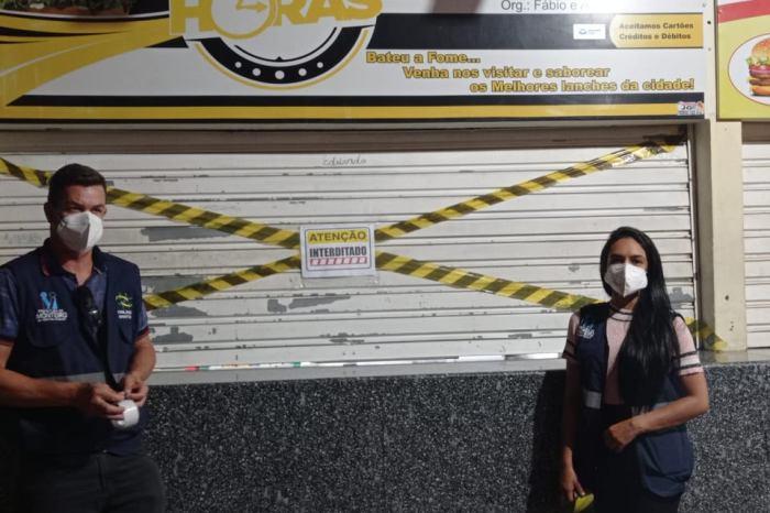 Vigilância em Saúde interdita lanchonete por descumprir decreto em Monteiro
