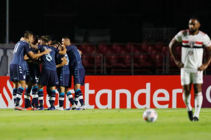 Jogando no Morumbi, São Paulo cai diante do Racing na Libertadores