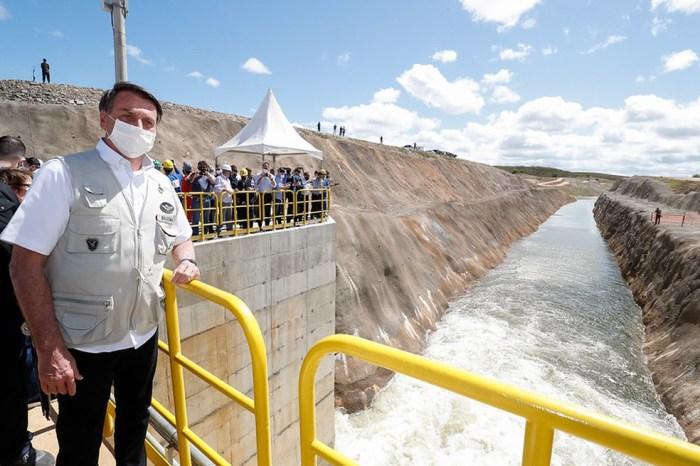 Bolsonaro alerta para 'maior crise hidrológica da história'