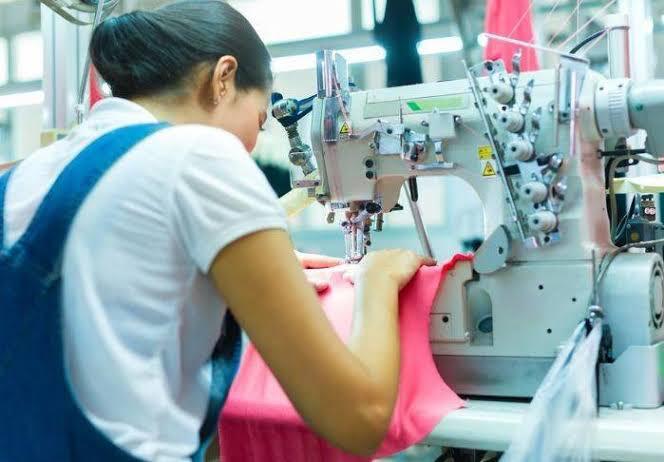 Prefeitura de São João do Cariri oferece curso gratuito de costura industrial