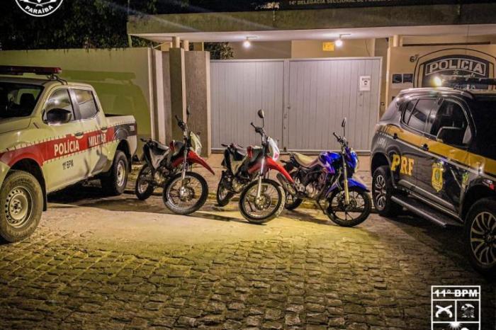 Três motocicletas clonadas são apreendidas em Monteiro após operação conjunta entre a Polícia Militar e PRF