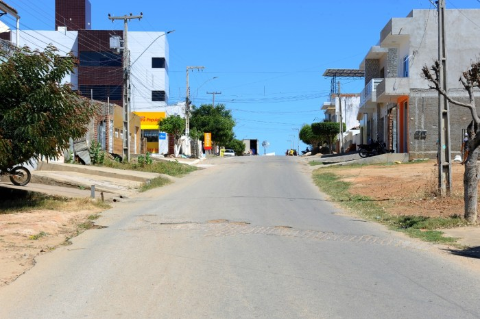 Governo do Estado fará nova licitação para pavimentação asfáltica em Monteiro