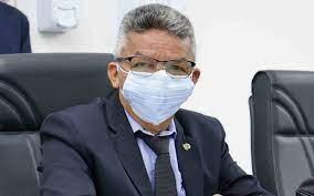 """Vereador entrega liderança do governo e diz que """"quadrilha"""" vinha atuando na Prefeitura de Bayeux"""