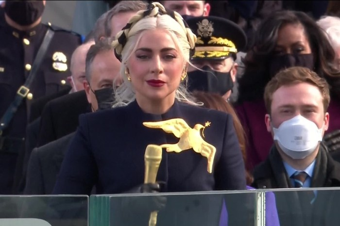 Lady Gaga revela que engravidou após ser estuprada aos 19 anos por produtor