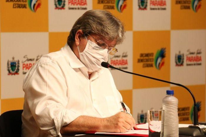 Governador João Azevêdo prevê que 100% da população paraibana estará imunizada contra a covid-19 até outubro
