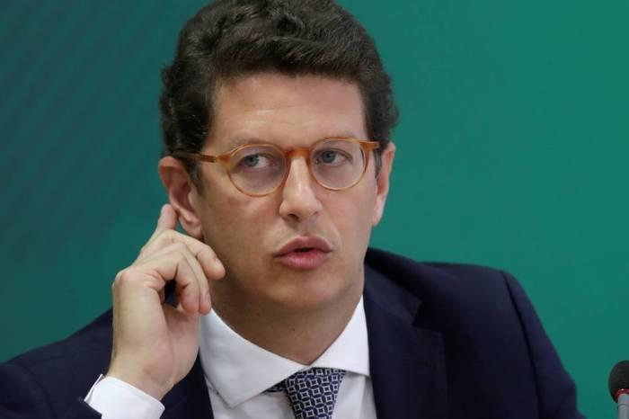 PT pede ao STF afastamento imediato de Ricardo Salles do Ministério do Meio Ambiente
