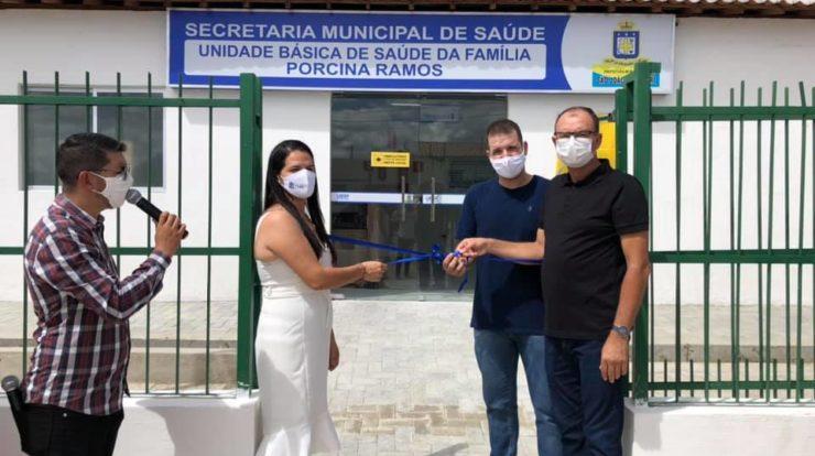 Prefeitura de São João do Cariri entrega unidade de saúde, farmácia básica e calçamento para população de São João do Cariri