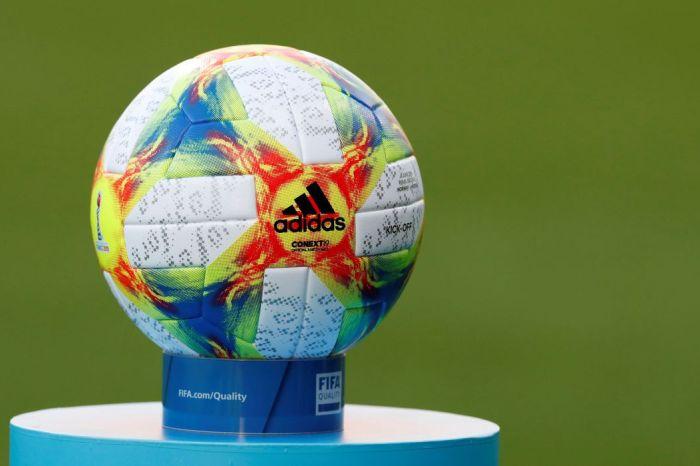 Futebol: Senado aprova estímulo à transformação de clubes em empresas