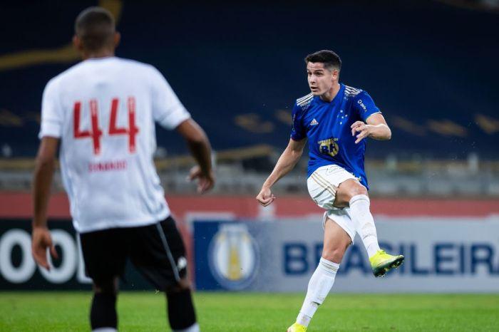 Série B: Cruzeiro vence Vasco e sai da zona de rebaixamento