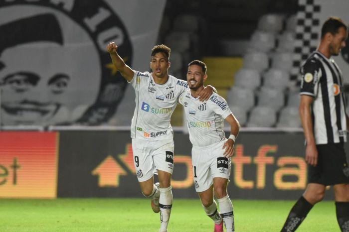 Brasileiro: Santos vence Atlético-MG por 2 a 0 na Vila Belmiro