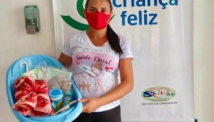 Prefeitura de São José dos Cordeiros entrega kits as gestantes do Programa Criança Feliz