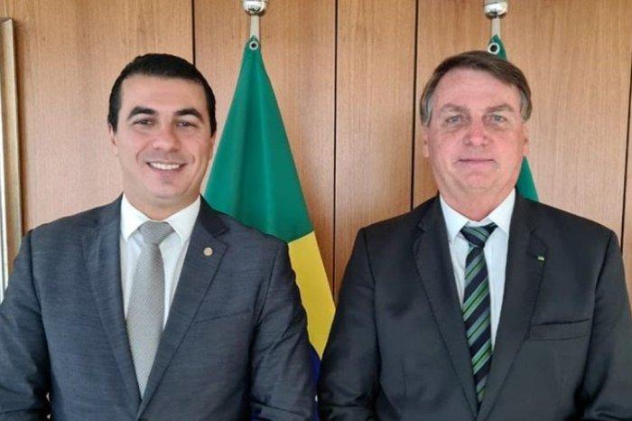 Bolsonaro diz que vai mandar PF abrir inquérito contra Luis Miranda