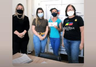 Monteirenses recebem Cartões Vale-Alimentação em ação da OAB-Cariri e Prefeitura de Monteiro