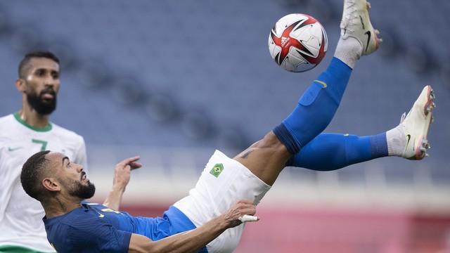 Paraibano Matheus Cunha marca, e Brasil vence a Arábia por 3 a 1 na Olimpíada de Tóquio