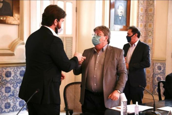 Em audiência com João Azevêdo, Bruno sugere parcerias com estado em diversas áreas