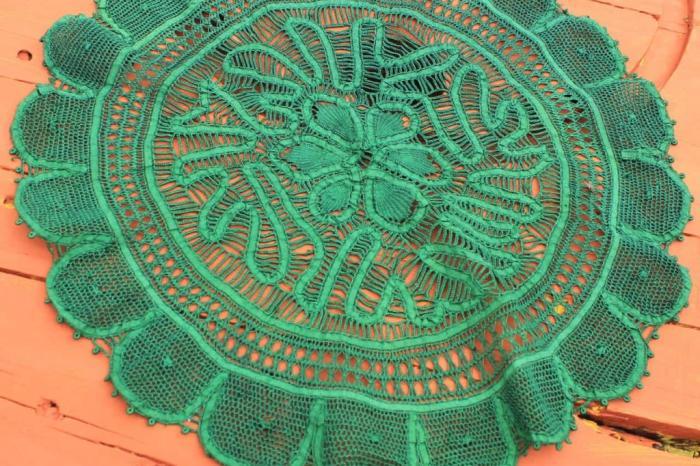 Tradição do artesanato paraibano, renda renascença se transforma em tema de selos postais no Brasil