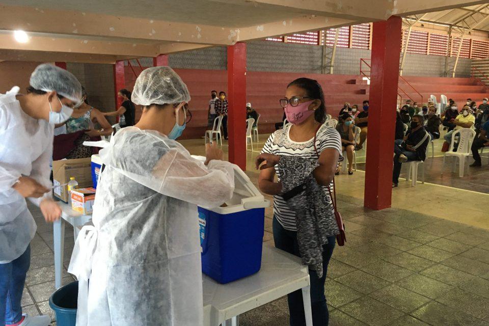 Sumé inicia vacinação ao público de 37 anos
