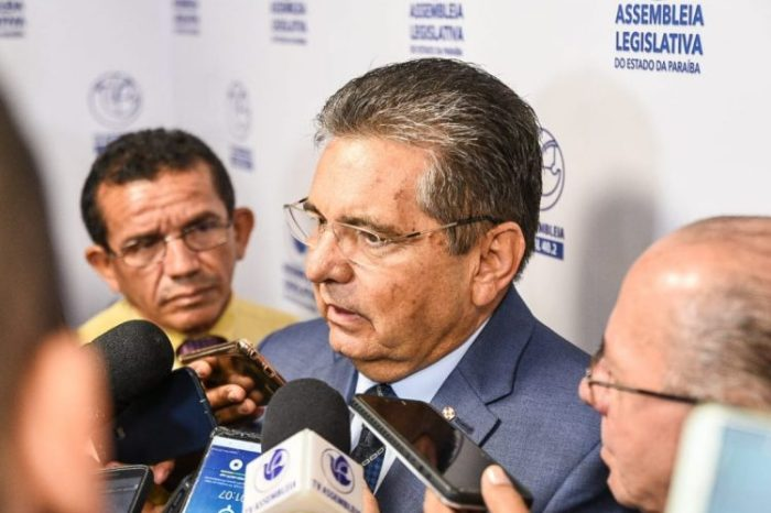 Adriano Galdino defende candidatura de Lula à Presidência da República em 2022