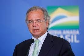 Guedes critica 'hipocrisia de se esconder atrás do pobre'